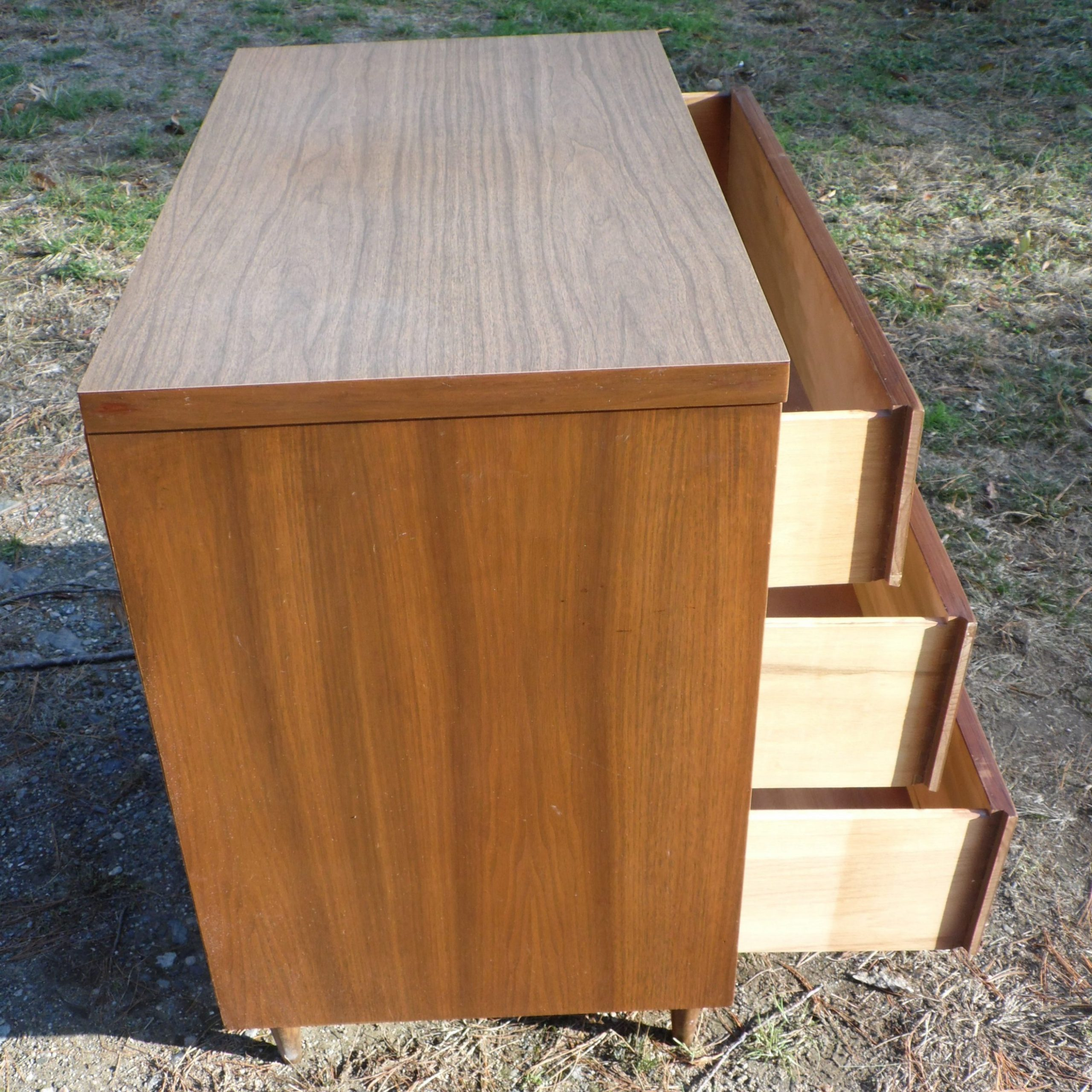 "Stotfold 32"" Wide Drawer Servers Regarding 2019 Vintage Mid Century Modern Walnut Dresser Chest Of Drawers (View 12 of 20)"