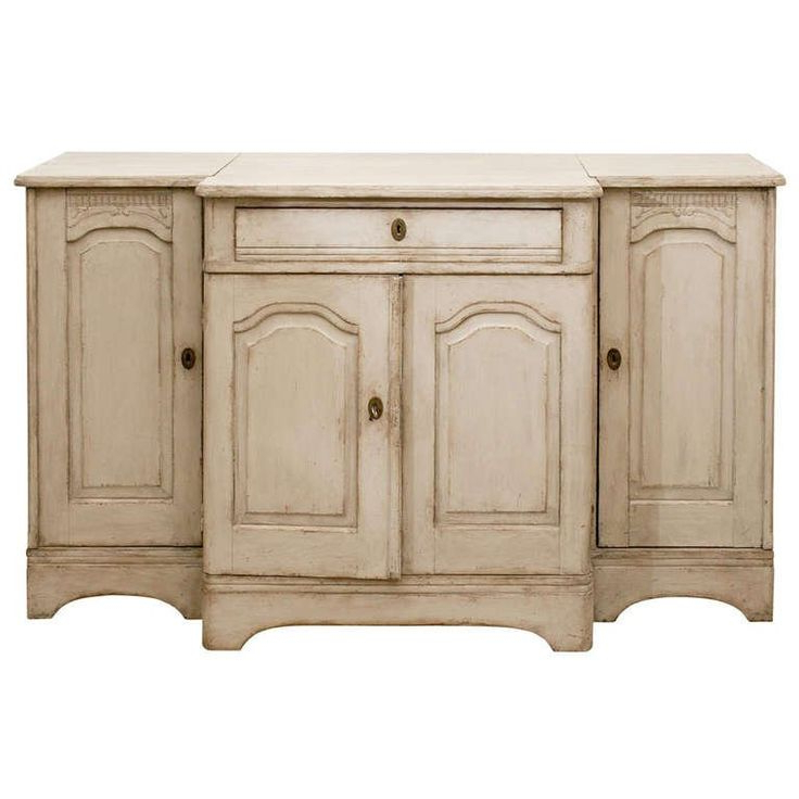 Swedish 1820s Painted Wood Breakfront Enfilade With Single With Best And Newest Philbrick Drawer Servers (View 12 of 12)