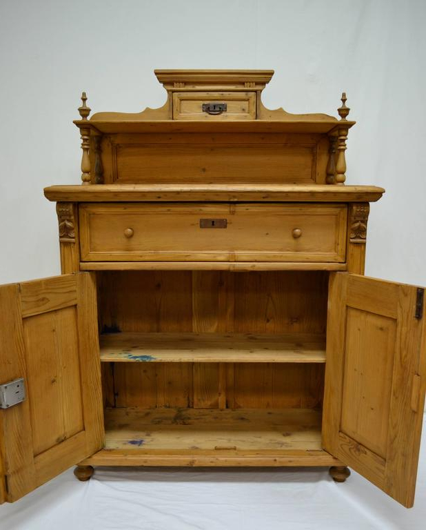Well Liked Pine Chiffonier At 1stdibs In Bartolomeus (View 4 of 6)