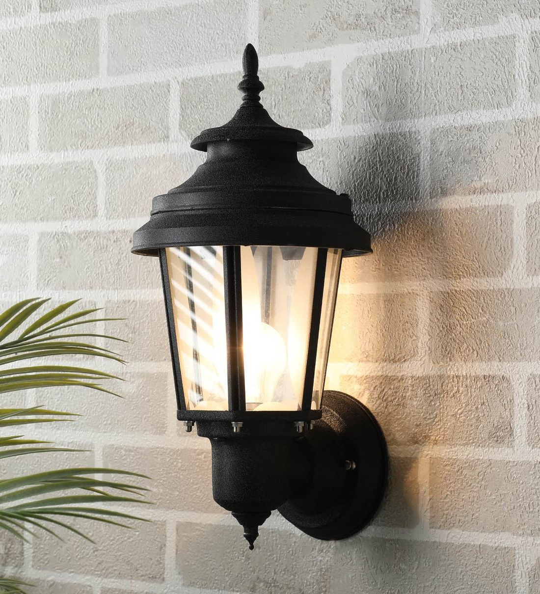Featured Photo of Borde Black Outdoor Wall Lanterns