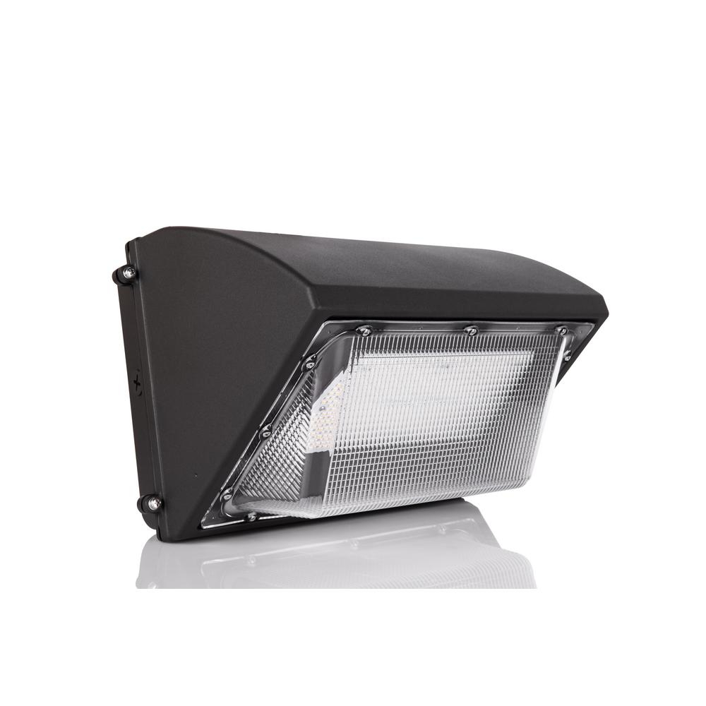 Featured Photo of Vernie Black Integrated Led Outdoor Bulkhead Lights