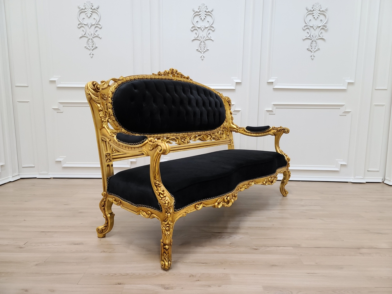 Favorite 4pc French Seamed Sectional Sofas Velvet Black In Victorian Sofa/ Antique Gold Leaf Finish Frame/ Tufted (View 12 of 20)
