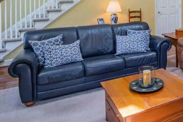 Italian Leather Sectional Sofa Throughout Most Popular Bloutop Upholstered Sectional Sofas (View 7 of 20)