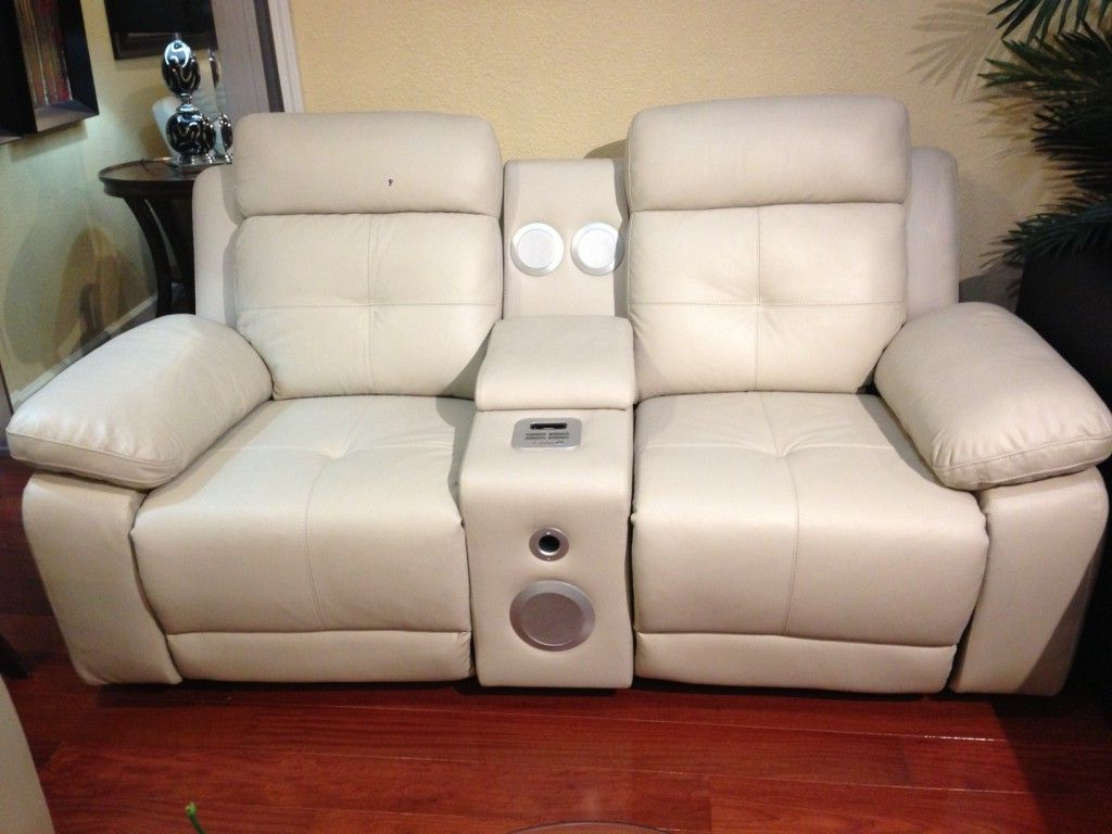 Latest Dual Power Reclining Sofas In 6610 Dual Power Recliner Sofa And Love Seat (View 15 of 20)