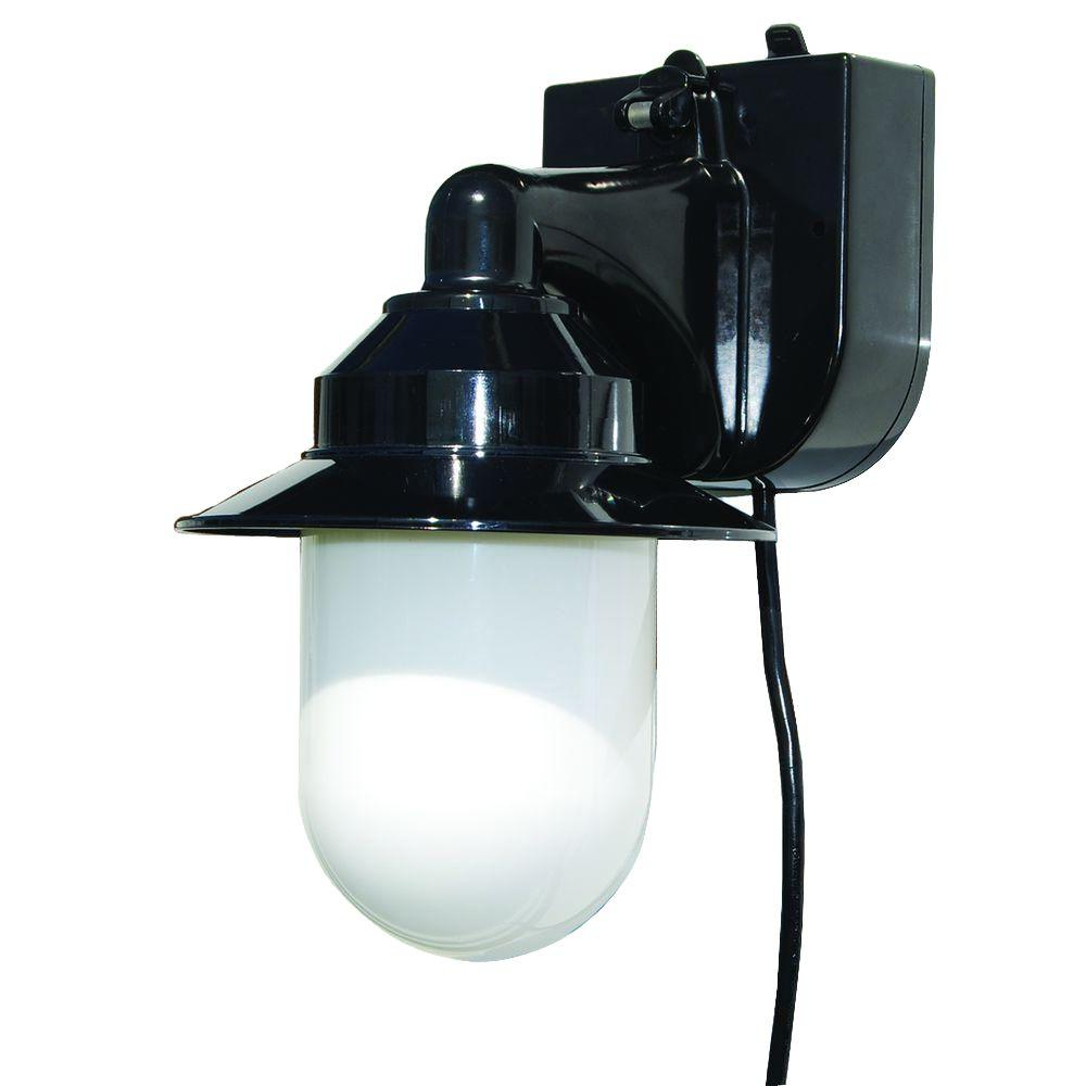 Polymer Products Black Outdoor Portable Black Wall Lantern Intended For Fashionable Walland Black Outdoor Wall Lanterns (View 17 of 20)