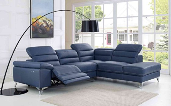 Sabrina Lf Black Sectional Sofa 667 (sprangler) Meridian Intended For Trendy Bloutop Upholstered Sectional Sofas (View 9 of 20)