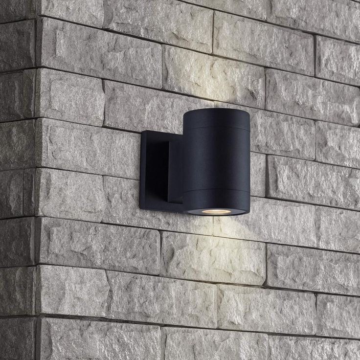 Vernie Black Integrated Led Outdoor Bulkhead Lights With Well Liked Vonn Lighting Low Voltage 10 Watt Black Outdoor Integrated (View 7 of 20)